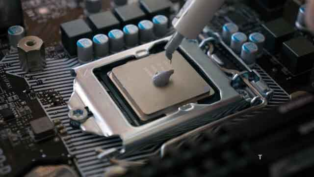 Perform Maintenance On The Laptop Cooling System